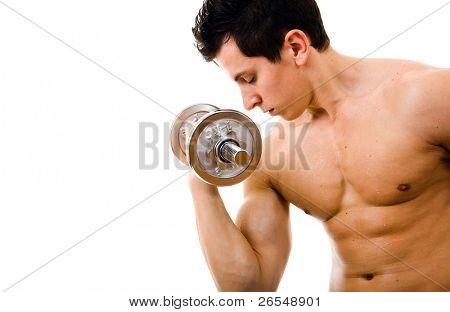 Silný svalnatý muž tréninků, izolovaných na bílém