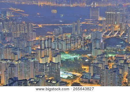 Night View Of Hk, View At A Lion Rock