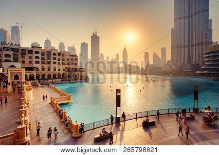 Dubai, Uae - September 09, 2018: Beautiful View To Dubai City Downtown, Souk Al Bahar Bridge And Bur
