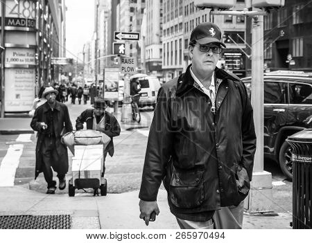 New York, Usa - May 03, 2016: Black And White Image Of Madison Avenue In Nyc. Manhattan Street Scene