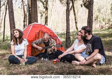 People Singing Outdoors. Happy People Lifestyle. Happy Friends Singing Outdoor. Travel Lifestyle.hap