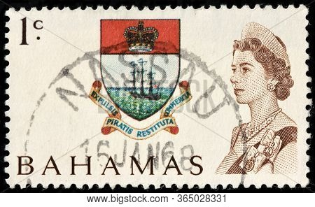 Luga, Russia - October 05, 2019: A Stamp Printed By Bahamas Shows Colony Badge, Circa 1967.