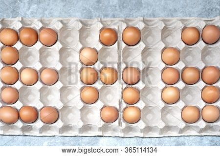 Pile Of Organic Fresh And Raw Hen Chicken Eggs For Sale In The Tray From Market Agriculture Farm.hig