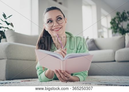 Close-up Portrait Of Her She Nice Attractive Lovely Cute Brainy Dreamy Cheerful Cheery Girl Lying On