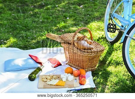 Picnic Basket With Food On Blanket. Spring Eating Outdoor. Family Day. All Goods For Picnic. Love Da