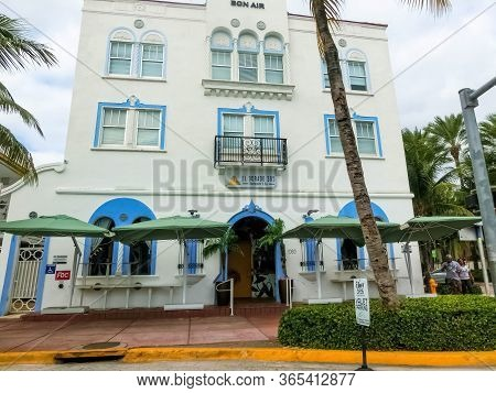 Miami, United States Of America - November 30, 2019: Bon Air Hotel By-the-sea Hotel At Ocean Drive I