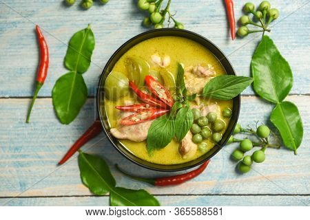 Green Curry Chicken Cuisine Asian Food On The Table / Thai Food Green Curry On Soup Bowl With Ingred