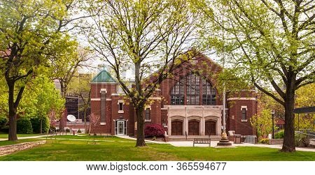 Pittsburgh, Pennsylvania, Usa 5/10/20 St Joe's Hall On The Carlow University Campus. Located Inside