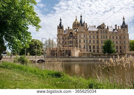 Schwerin Castle Or Schwerin Palace, In German Schweriner Schloss, A Famous Landmark Building On A La