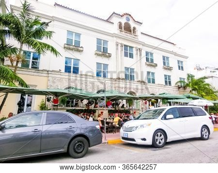Miami, United States Of America - November 30, 2019: Hotel And Cafe At Ocean Drive In Miami Beach, F