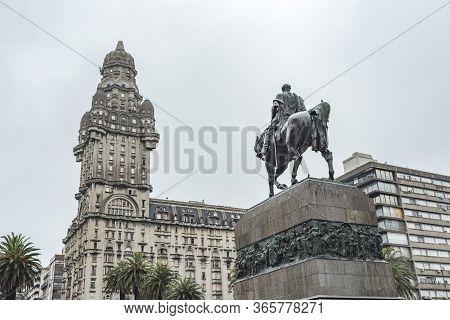 Montevideo / Uruguay, Dec 29, 2018: Artigas Mausoleum, Equestrian Statue Of The Uruguayan National H