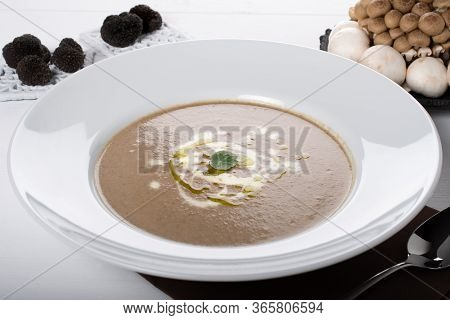 Wild Mushroom Italian Cream Soup. Creamy Mushroom Soup Is Such A Hearty And Warming Soup And So Good