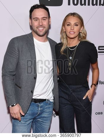 LOS ANGELES - JAN 27:  Scooter Braun and Yael Cohen {Object} arrives for the Premiere Of YouTube Originals'