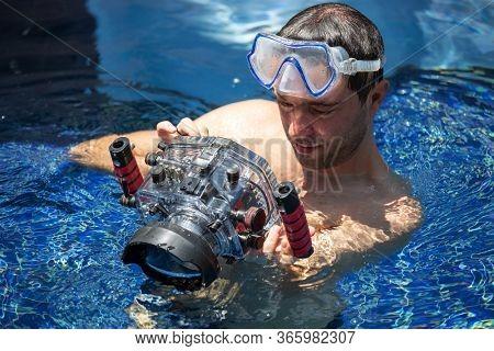 underwater photoshoot in swiming pool