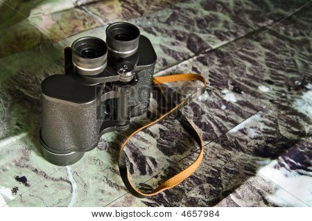 Binoculars With Map
