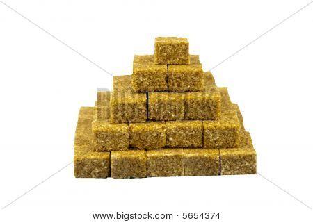 Brown sugar pyramid