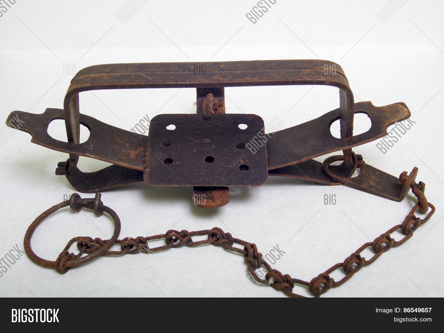rare large old leg hold trap - HD 1500×1127