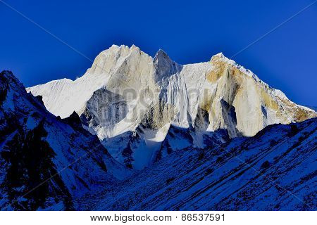 east face of mount Meru 6660 meters, Garhwal Himalaya mountains, Uttarakhand, Uttaranchal, India