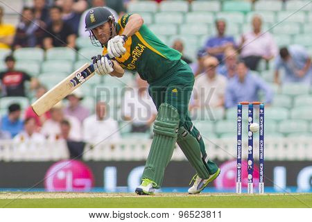 LONDON, ENGLAND - June 19 2013: South Africa's Faf du Plessis batting during the ICC Champions Trophy semi final match between England and South Africa at The Oval Cricket Ground