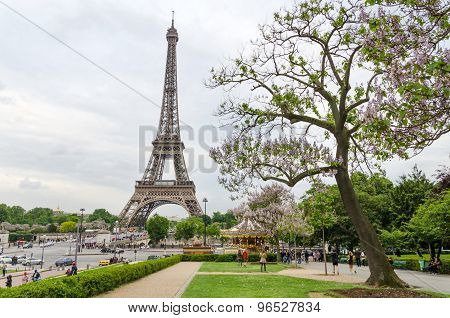 Paris, France - May 15, 2015: Tourist Visit Eiffel Tower View From Esplanade Du Trocadero