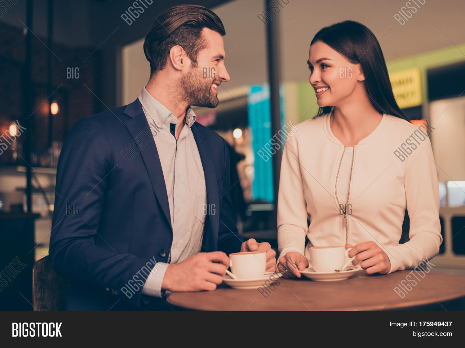 Ronquist total evidence dating services