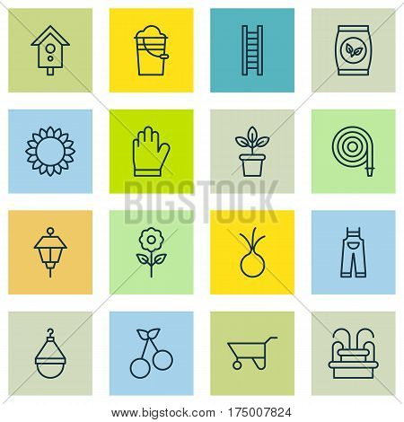Set Of 16 Holticulture Icons. Includes Protection Mitt, Sweet Berry, Birdhouse And Other Symbols. Beautiful Design Elements.