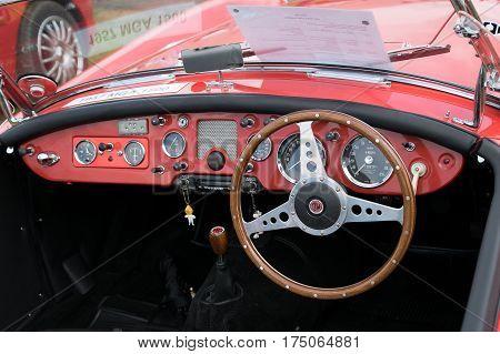 Mg Roadster Dashboard