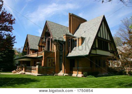 Frank Lloyd Wright Moore-Dugal House In Oak Park