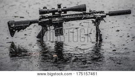 mid lenght rifle 5.56 in the rain