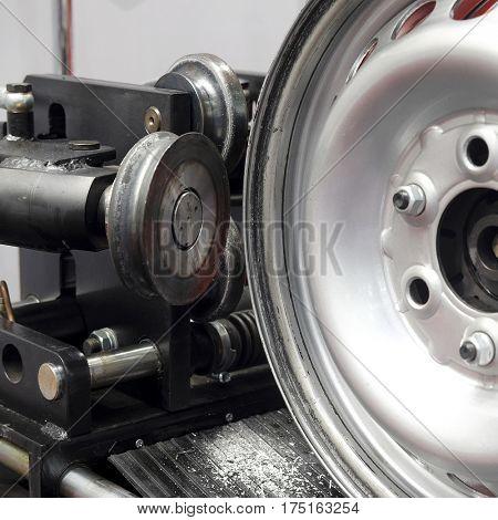 Rim on the special machine for repair of rims