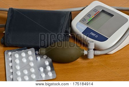 The Apparatus For Measuring Blood Pressure