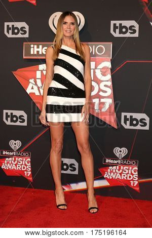 LOS ANGELES - MAR 5:  Heidi Klum at the 2017 iHeart Music Awards at Forum on March 5, 2017 in Los Angeles, CA