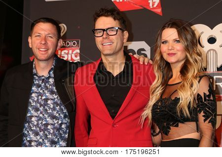 LOS ANGELES - MAR 5:  Lunchbox, Bobby Bones, Amy Brown at the 2017 iHeart Music Awards at Forum on March 5, 2017 in Los Angeles, CA