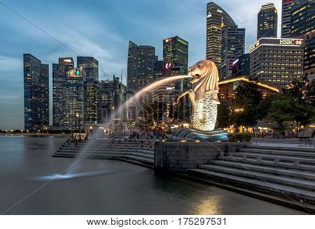 18 January 2017: Merlion Statue in Singapore at night time - long exposure