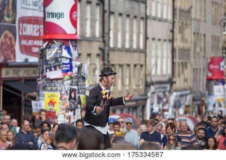 EDINBURGH, SCOTLAND. AUGUST 22. Artists perform during the Edinburgh Fringe on August 22, 2016 in Edinburgh, Scotland