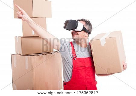 Mover Man Wearing Virtual Reality Glasses Pointing Up