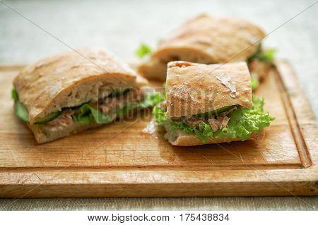 Tuna Sandwich With Lettuce