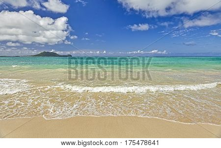Hawaii Tropical Island Sandy Shores And Surf And Sky