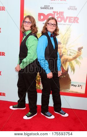 LOS ANGELES - MAY 16:  Zakk Paradise, Xander Paradise at the The Do-Over Premiere Screening at the Regal 14 Theaters on May 16, 2016 in Los Angeles, CA