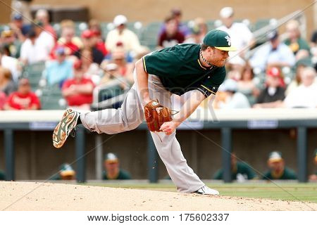 SCOTTSDALE, AZ-MAR 6: Oakland Athletics starting pitcher Andrew Werner (31) pitches against the Arizona Diamondbacks at Salt River Fields at Talking Stick on March 6, 2014 in Scottsdale, Arizona.