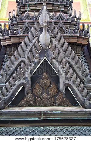Roof  Gold    Temple      Bangkok  Black