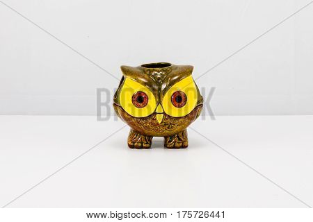brown/green ceramic Owl candle holder bric-a-brac curio