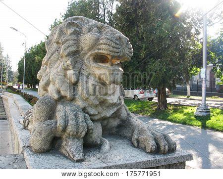 Greece antique lion animal monument statue figure photo