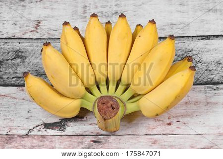 Yellow Cultivated Banana, Ripe Cultivated Banana.