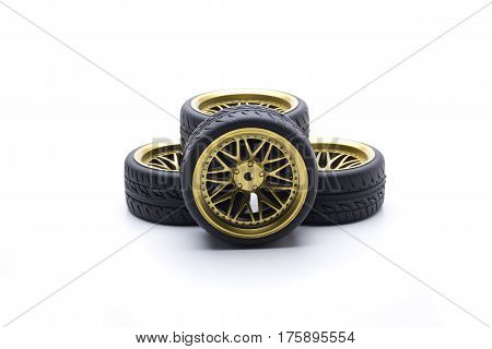 Design wheels in gold color for speed cars
