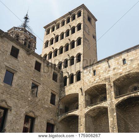 Barcelona (Catalunya Spain): historic buildings in the gothic quarter