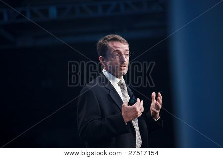 San Francisco, Ca, Oct 3, 2011 - Emc Chief Operating Officer Pat Gelsinger Deliver Keynote At Oracle