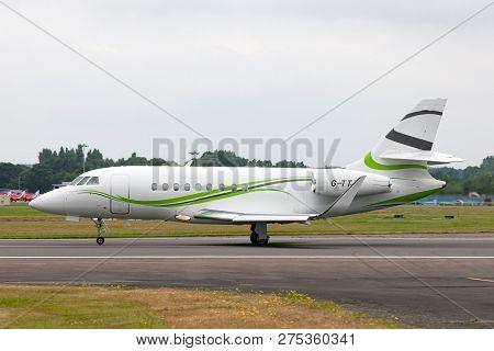 Farnborough, Uk - July 20, 2014: Tag Aviation Dassault Falcon 2000s Business Jet Aircraft G-ttjf.