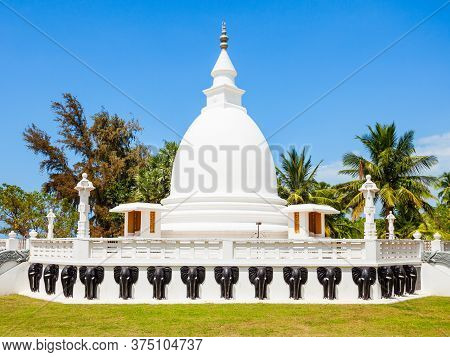 Dambakola Patuna Sri Sangamitta Viharaya Temple Is A Buddhist Temple Near Jaffna, Sri Lanka