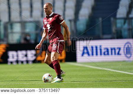 Torino, Italy. 04th July 2020. Italian Football League Serie A. Lorenzo De Silvestri Of Torino Fc